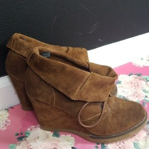 Steven by Steve madden  town suade booties 10